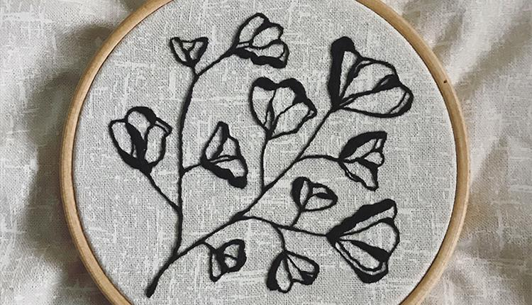 Embroidery hoop with floral design