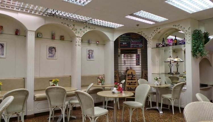 Leckenbys Tea Room - Bury