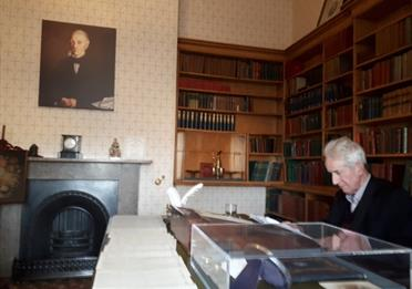 Meeting the family at Elizabeth Gaskell's House