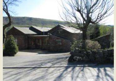 Sunfield Accomodation Diggle
