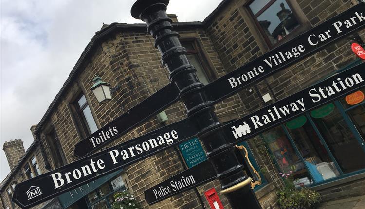 2 Nights Yorkshire TV & Film Location Tour