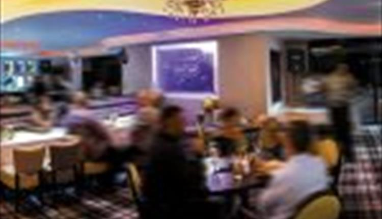 Blue Tiffin Indian Restaurant, Bar & Lounge