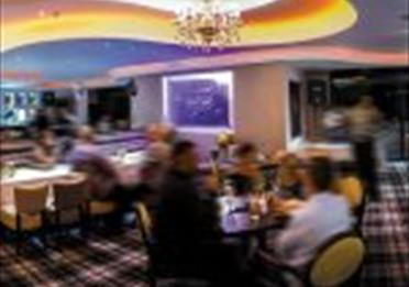 Blue Tiffin Indian Restaurant, Bar & Lounge