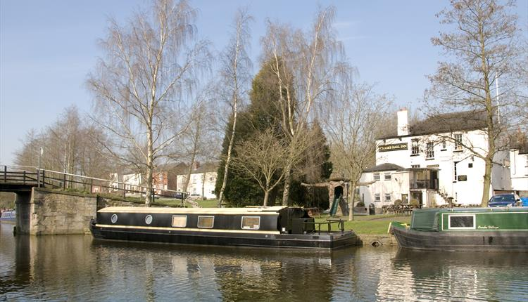 The Leeds – Liverpool Canal