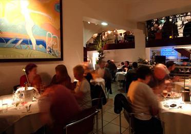 Croma dining