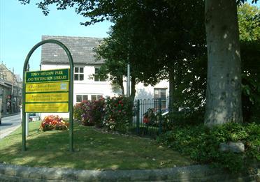 Tottington town centre and park