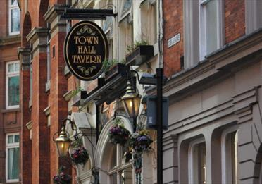 The Town Hall Tavern