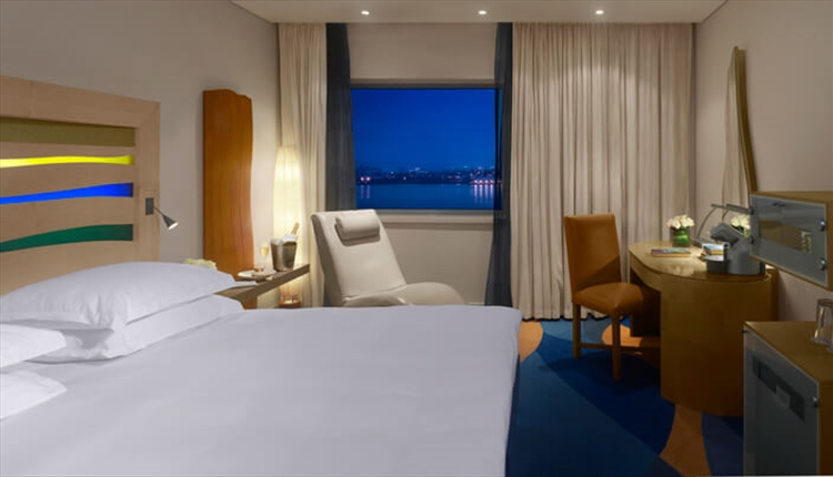 Stylish rooms overlooking the River Mersey at Radisson Blu Hotel Liverpool.