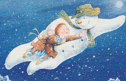 A shot from the film the snowman