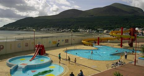 Tropicana outdoor heated fun pool with the Mourne Mountains in the background