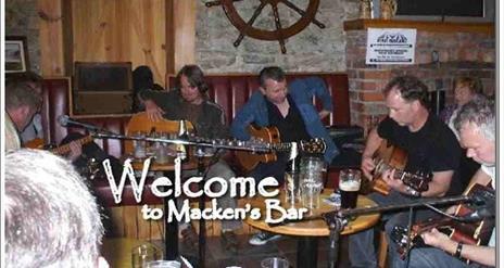 Mackens Bar