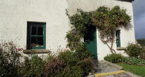 Hanna's Close Holiday Cottages - The Barn