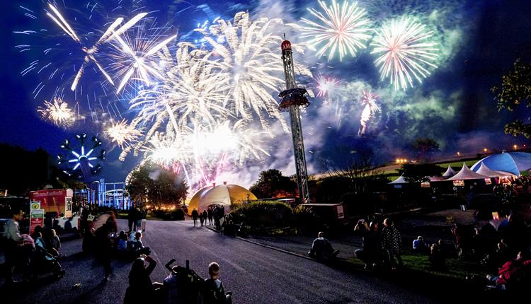 August Live Entertainment and Fireworks Spectaculars at Flambards!