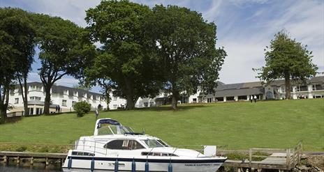 The Boathouse Grill Bar and Lounge at Killyhevlin Hotel & Spa