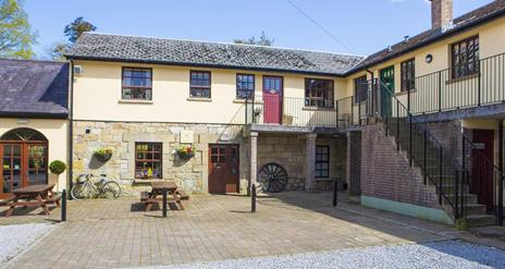Blessingbourne Courtyard Apartments - Cherry