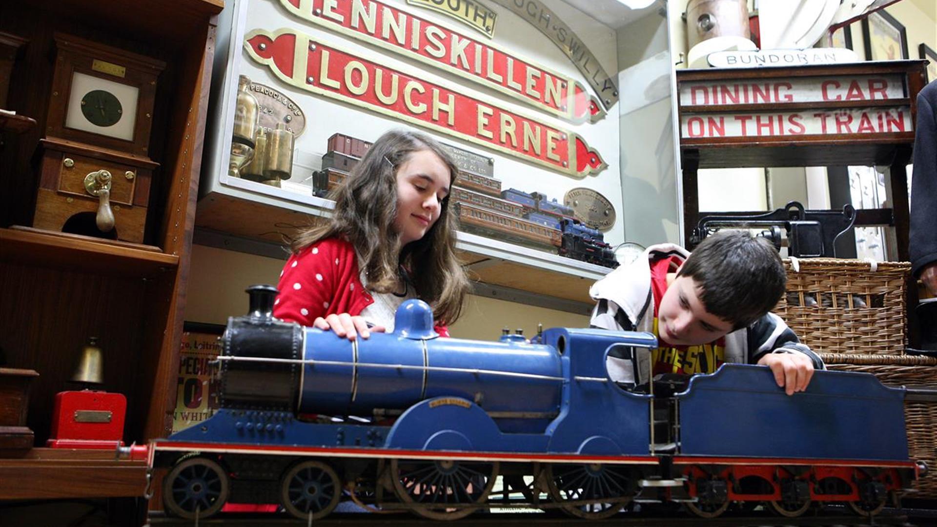 Headhunters Barber Shop & Railway Museum