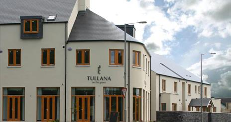 Tullana on the Green and Deli