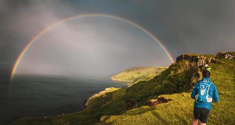 Game of Thrones® Running Tour - Dragonstone Cliffs & Slavers Bay