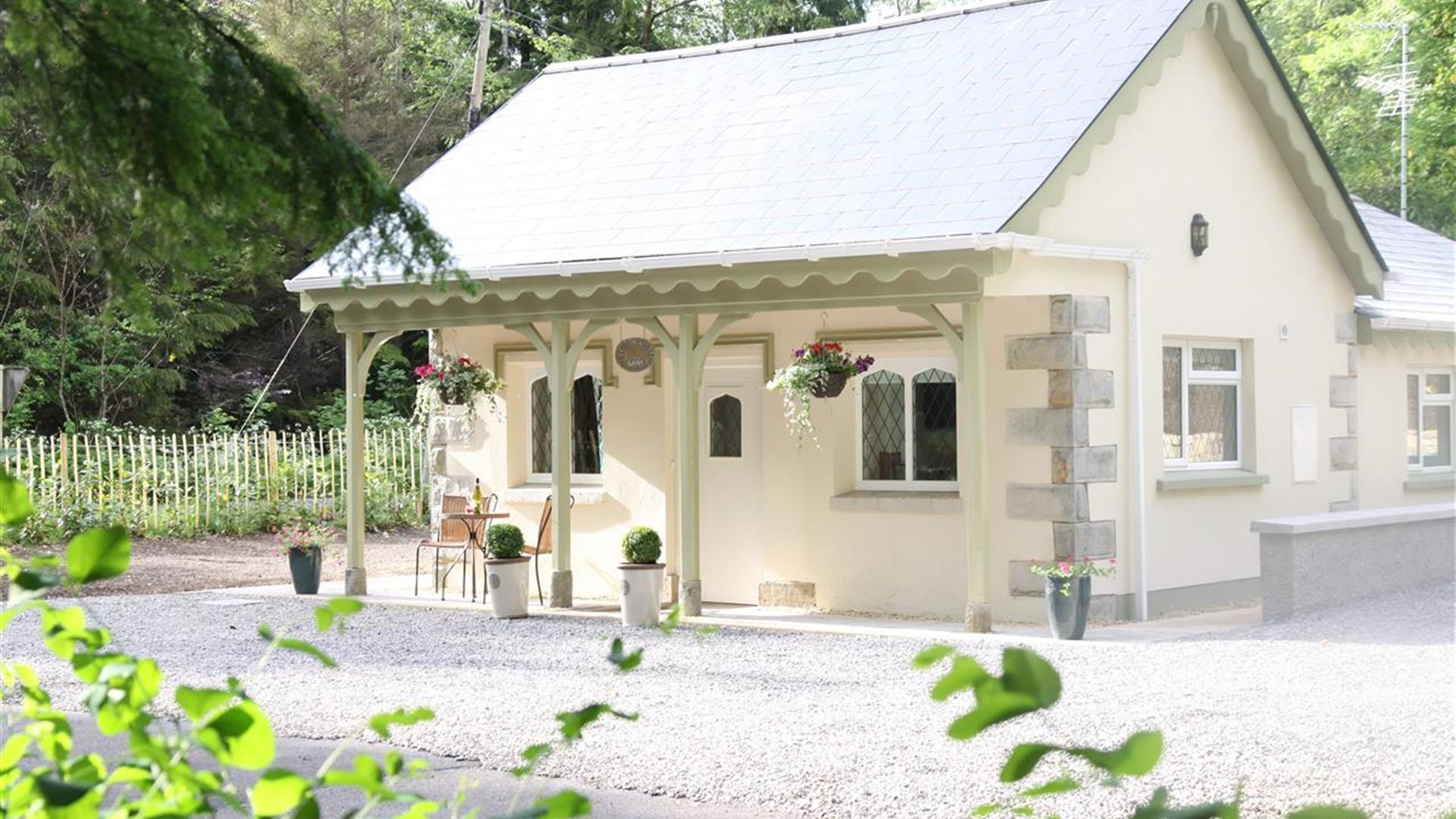 Blessingbourne Courtyard Apartments - Gate Lodge