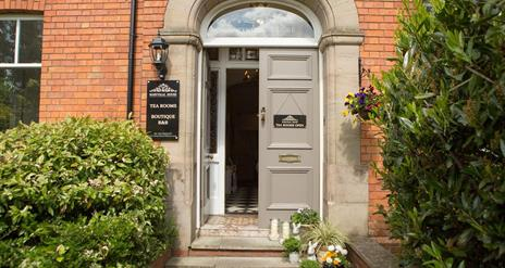 Maryville House Tearooms & Boutique B&B