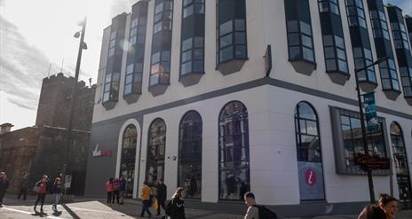 Visit Derry Information Centre