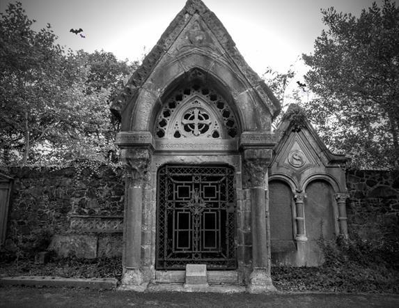 Clifton Street Cemetery Halloween Tours
