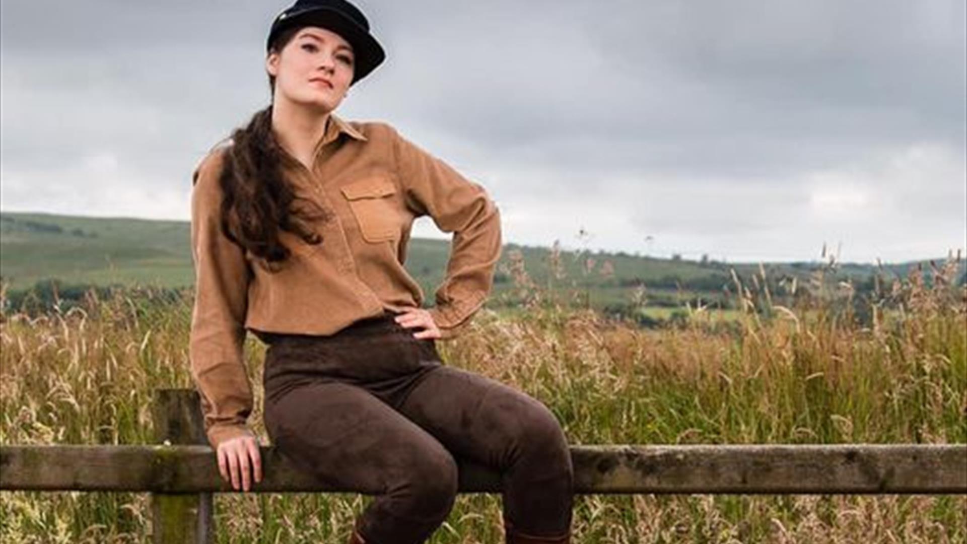 Sophie Williams as Calamity Jane