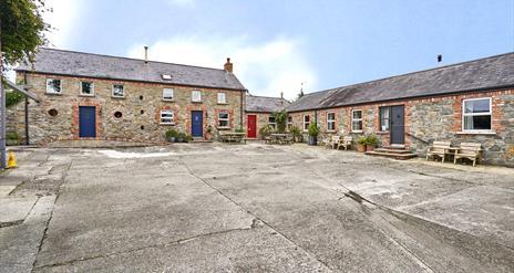 Barr Hall Barns - Cottage