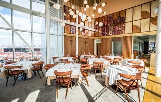 Restaurant Six