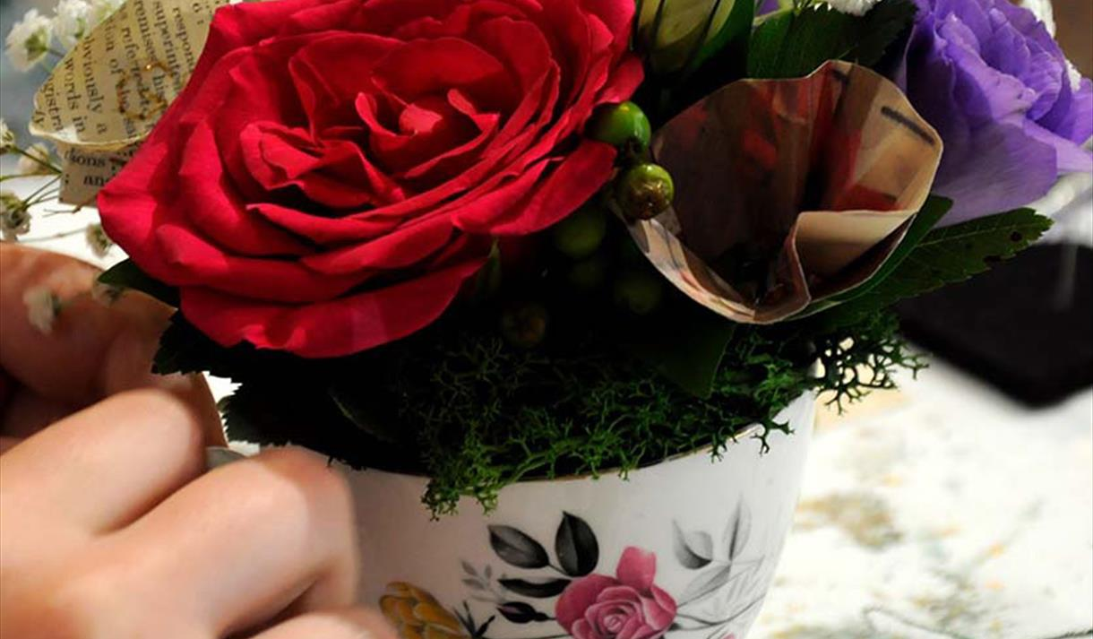 Mother's Day Weekender: Floral Crafternoon