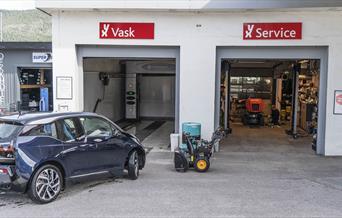 Dekkhotell, vask og service hos YX på Otnes