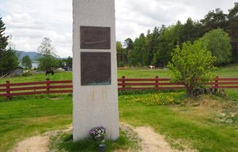Minnestein krigsseilerne i Rendalen