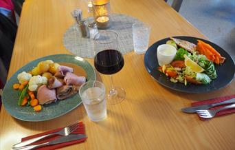 Nydelig mat på Øiseth hotell