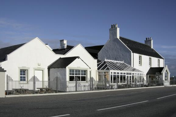 Eat Drink Hebrides - Isle of Benbecula House Hotel