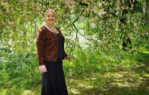 Maggie Smith - Gaelic and Culture Tour Guide