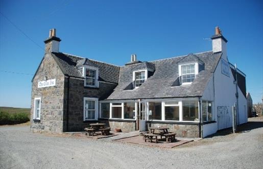 Cross Inn - Old Barn Bar