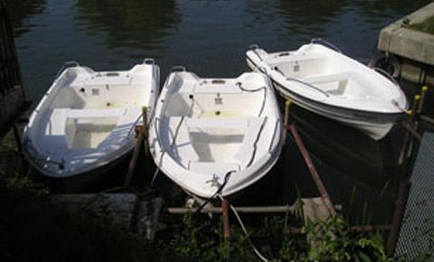 Electric boats from Cotswold Boat Hire