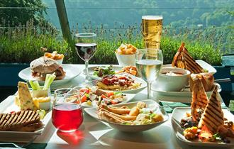 The Vista Restaurant is a one of a kind dining experience. Dine above the clouds or enjoy panoramic views spanning across the Derwent Valley. In accor