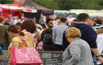 Enjoy the fabulous treats from around the world, and walk round the artisan food and drink stalls with delicious cakes, cheese, pies and much more.