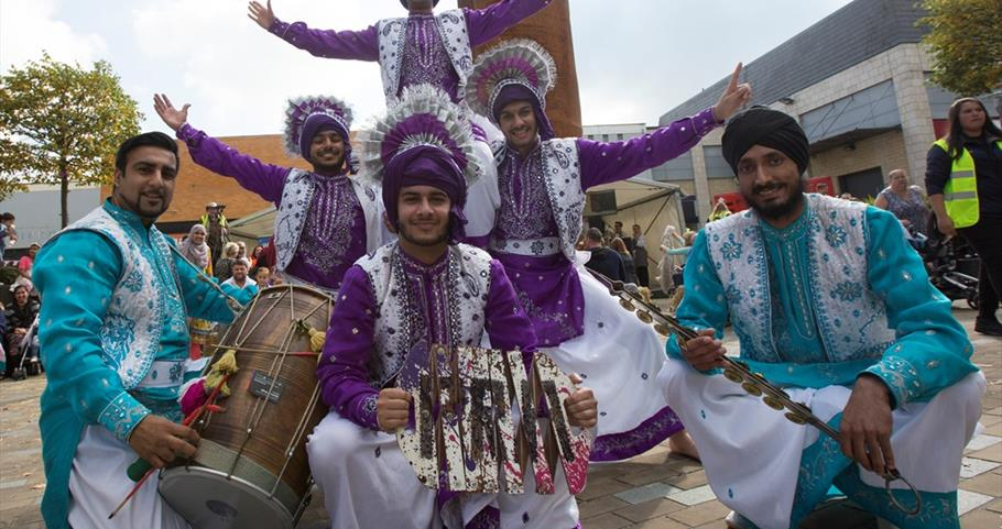 Picture of bhangra dancers at Nelson Food Festival