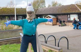 Make a Scarecrow at Nene Park