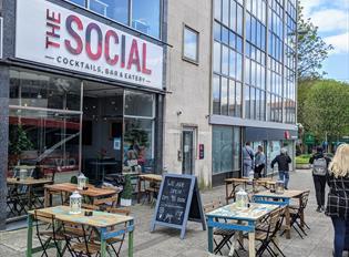 The Social Bar & Eatery