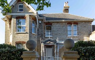 Exterior Cranborne House in the sun