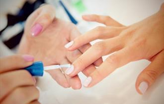 Poole Nails
