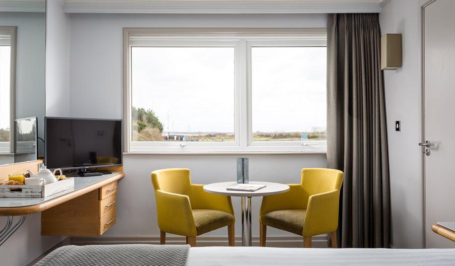 Langstone Quays Resort Bed Room