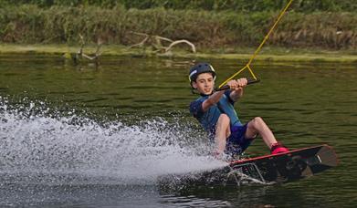 South Coast Wakeboarding, boy doing tricks
