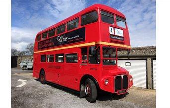 Alf, the Local Haunts bus