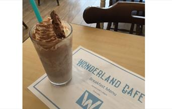 Wonderland shake