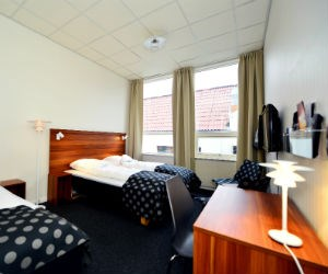 Stay in a youth hostel. © Hotell Sverre