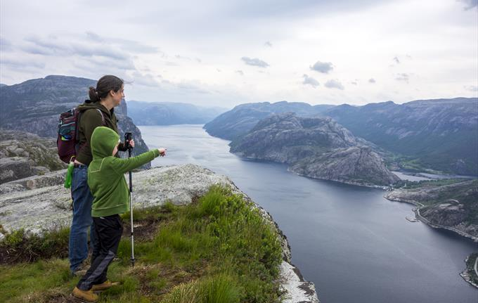Privately Guided Half-Day Lysefjord View Hike